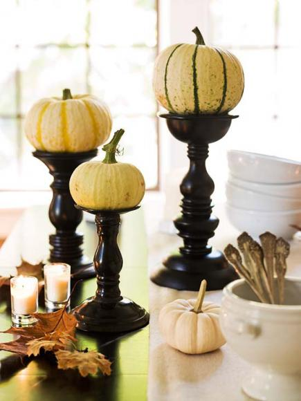 Photo credit http://www.countryliving.com/home-design/decorating-ideas/advice/g1536/fall-decorating-ideas/?slide=27
